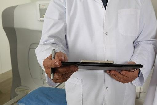 responsabilidad médica derivada